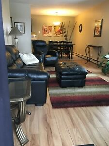 Fully Furnished 2 Bedroom (Forest Grove) Condo