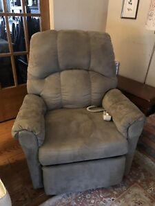 Remote control lift chair - In excellent condition.