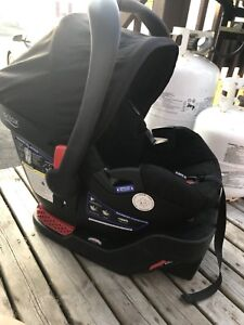 Britax B safe 35 car seat