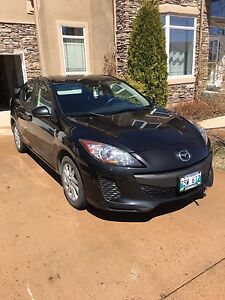 REDUCED AGAIN 2013 Mazda3 GX w/Winter Tires & Entended Warranty