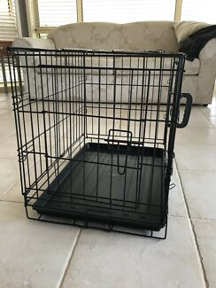Collapsible dog crate- basically brand new