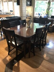 Antique Solid Wood Dining Table w Six Chairs