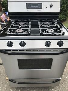 Mint Condition Maytag Gas Stove and Oven