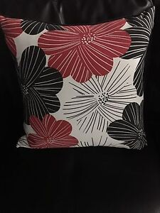 Two brand new accent pillows