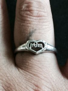 Mom ring with heart