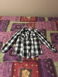 Worn once! Women's size 4 pink Plaid button down shirt