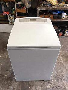 Fisher and paykel 8 kg aqua smart washing machine 2 YEARS OLD! Bexley Rockdale Area Preview