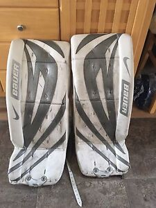 """28"""" plus 1"""" youth goalie pads"""