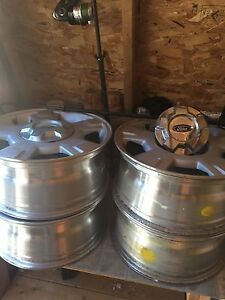 "17"" Aluminium Original Equipment wheels"