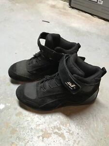 Chaussures textile moto grandeur 7 (Homme)