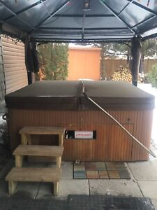 1998 Beachcomber Hot Tub