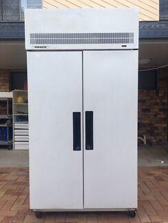 Skope 1000L Commercial Freezer Model : TMEF1000GP