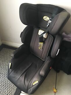 Info secure booster car seat