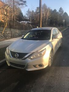 2016 Nissan Altima SV for sale!!!