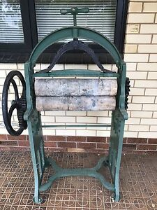 Antique Taywil Mangle Fulham West Torrens Area Preview