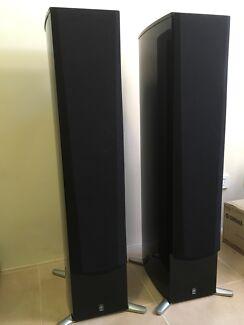 Yamaha NS-555 Tall Loud Speakers