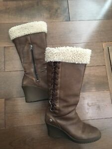 Ugg winter boots size 6