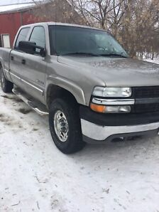 2002 Chevy 1500hd 4x4 crew cab safetied