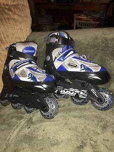 Mongoose Boys Youth Size 11/12 roller blades