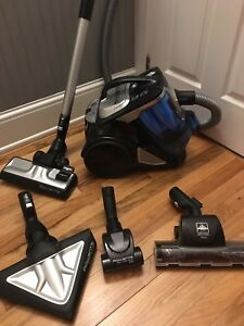 Rowenta Extreme Silence System Bagless Vacuum (Sold PPU)
