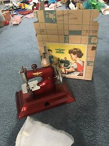 Working sewing machine for kids