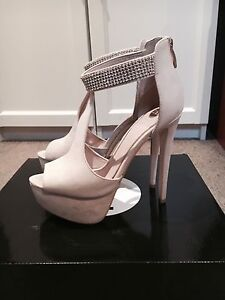 ZU Shoes Nude Platform Heels SIZE 7.5 Carlingford The Hills District Preview