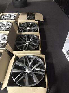 Toyota Hilux SR5 alloy wheels/rims 18 inch 4x4
