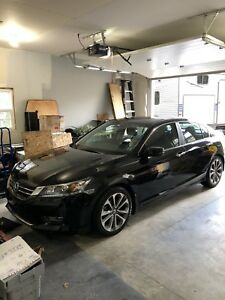 2013 Honda Accord Sport - ONLY 38,000 kms!