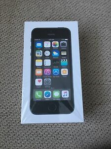 Brand new iPhone 5s  16 GB black for sale