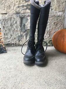 Women's size 7 winter riding boots great shape!