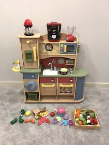 Little Tikes Deluxe Wooden Play Kitchen Laundry Center