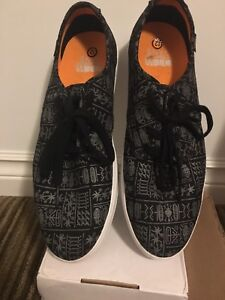 Vans - Limited Glyph Design [Size 12 Men's]