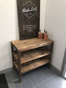Coffee bar - entry table