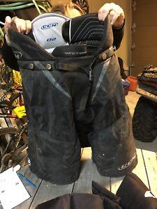 Adult Size Small hockey pants