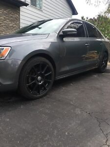 18inch Vw Black alloys rims with tires