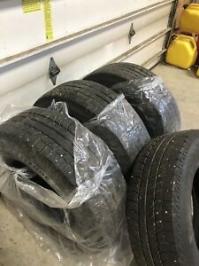 Winter tires full set of Michelins!   245 70 R 16