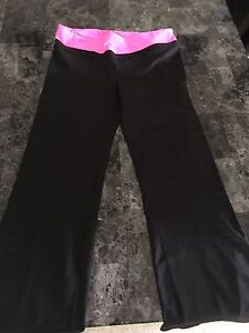 Ladies Victoria secret sport yoga pants size large