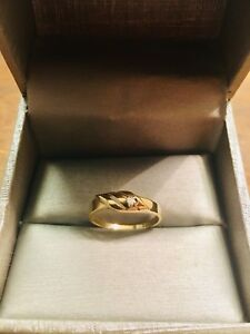 10k gold ring with diamond accent