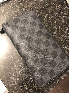 LV man Wallet in great condition
