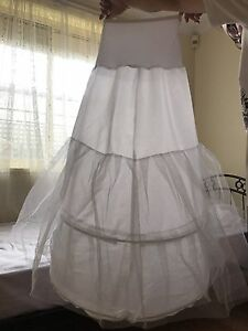 Wedding dress hoop for sale Plympton Park Marion Area Preview