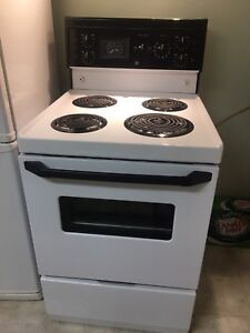 Small electric oven
