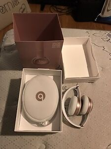 Brand New Rose Gold Beats Solo2 Wireless