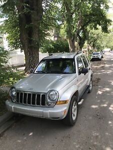 2005 Jeep Liberty (incl. winter tires!)