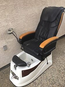 MESSAGE CHAIR W/FOOT REST & TUB