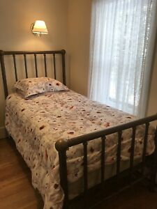 Antique brass bed-twin