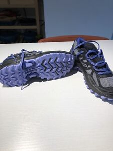 Brand New women's Saucony running shoes