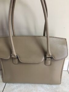 Danier pure beige leather handbag