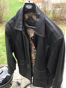 Men's XL/XXL Black Leather Coat