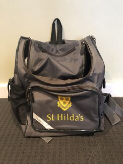 St Hildas Small School Bag