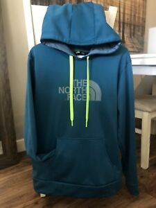 North Face Men's Hoodie - Size Large